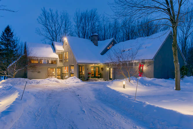 Led Peak Lighting For Home Exteriors That Will Last A
